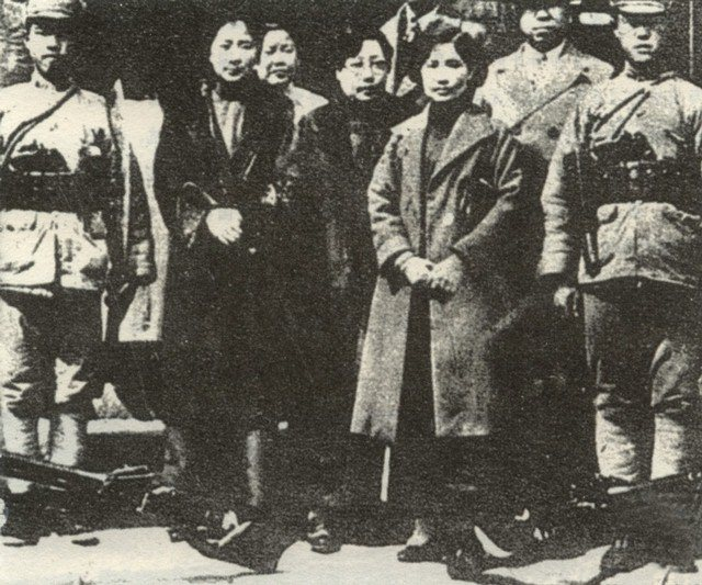 Here are the same four women with officers from the 29th army.  Note the soldier in the left side of the picture holding a Dadao at attention.  Source: William Acevedo.  This photo is part of the memorial at  Xifengkou, ca. 1933.