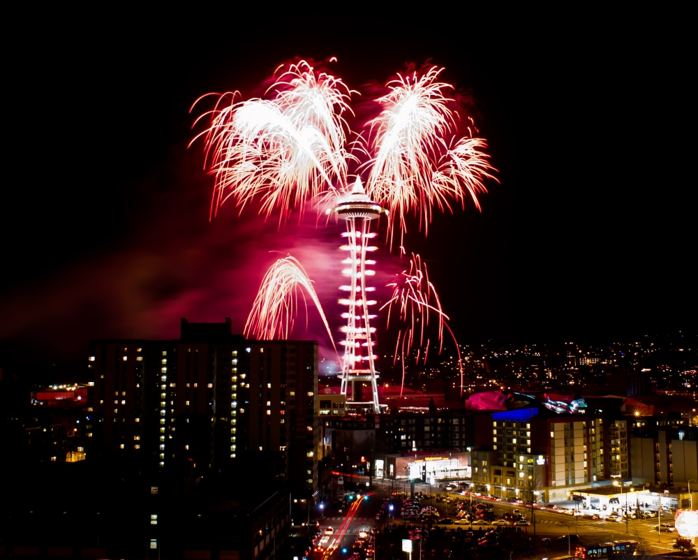 Seattle_New_Years_Eve_Fireworks_2011