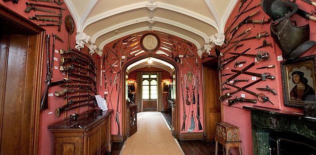 sir-walter-scott-abbotsford-door-large.j