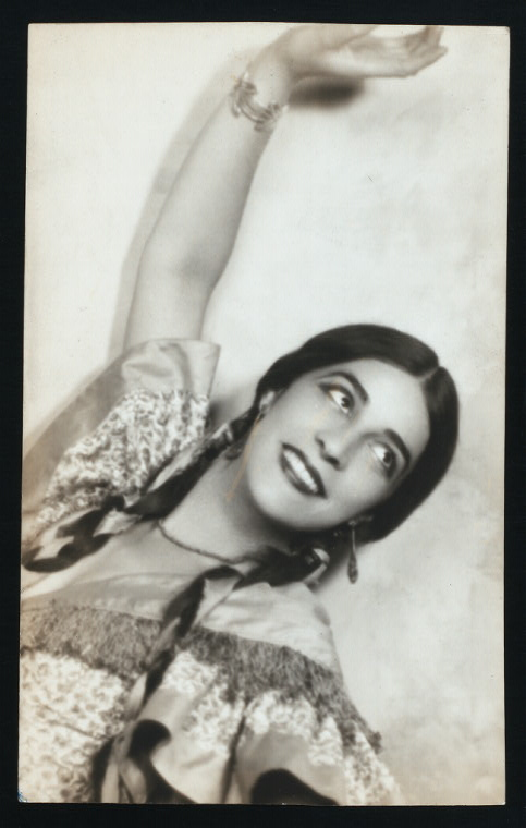 Sophia Delza performing a spanish dance, sometime in the 1920s.