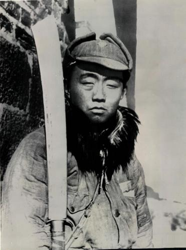 A Chinese soldier in the Nationalist Army.  Manchuria, 1937.  Source: Photographer Unknown.