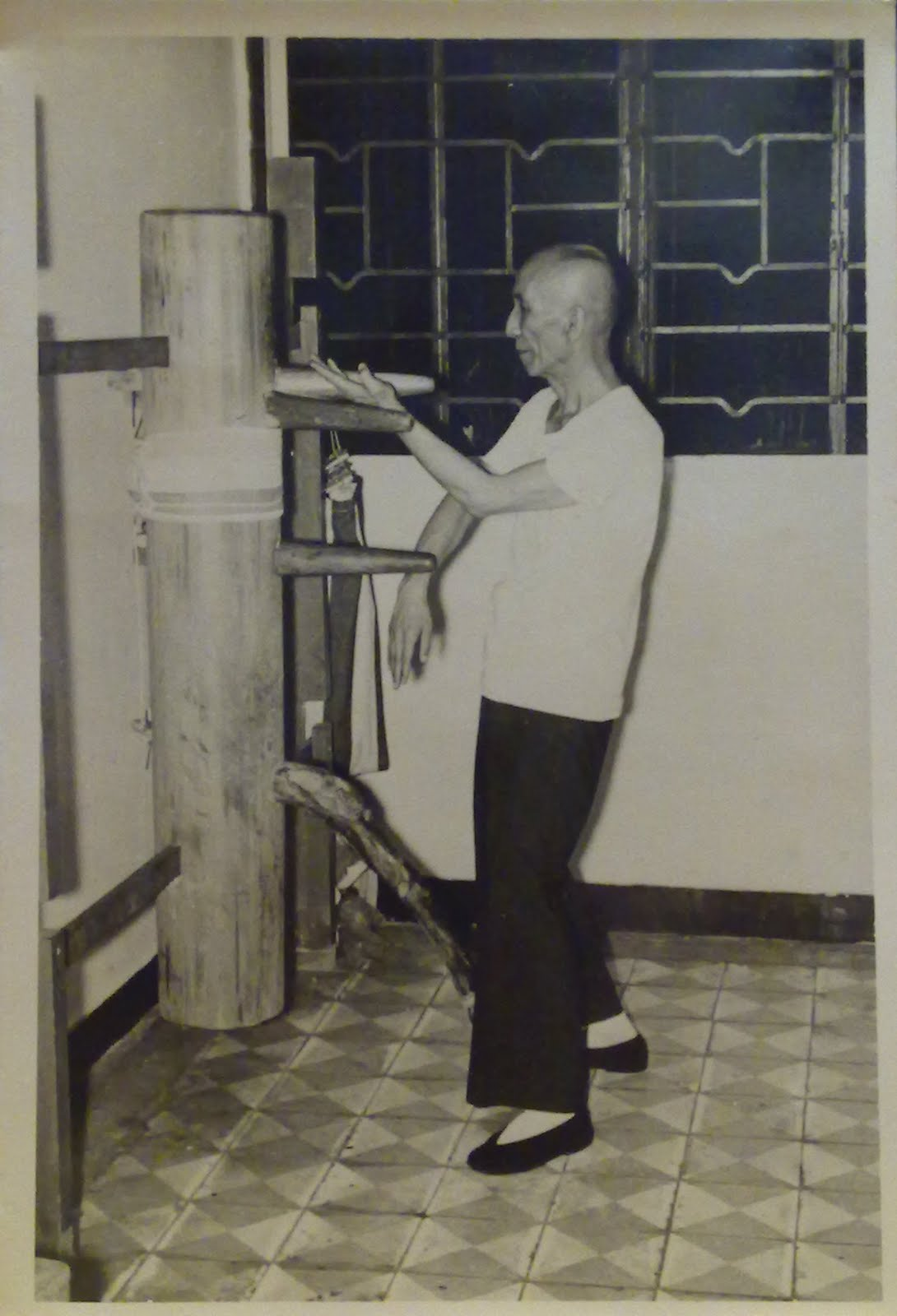 The Story Of Ip Man S Wooden Dummy Kung Fu Tea
