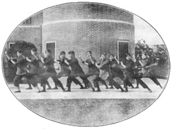 Female high school students in a Jingwu class of the sort organized by Chen Shichao.  Source: Kennedy and Guo.