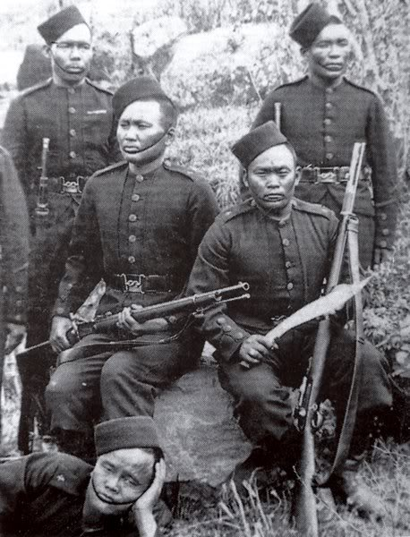 A member of the 4th Gurkha regiment in 1880 holding a kukri similar (or possibly identical to) the one current offered by IMA.