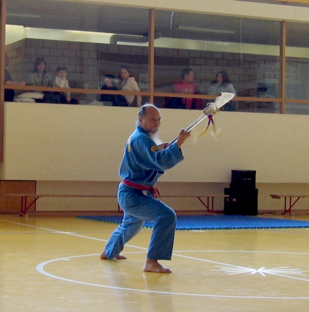 Master tân Rousset training Dai Dao.  Source: Wikimedia.