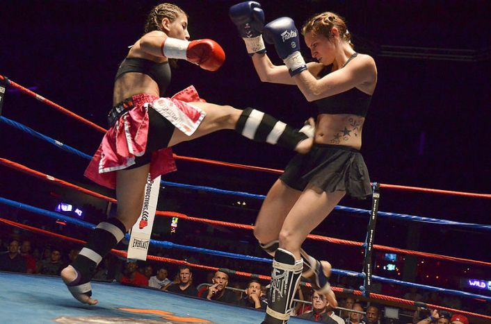Women's Muay Thai match.  Photo by Eric Langley (CC).  Source: Wikimedia.