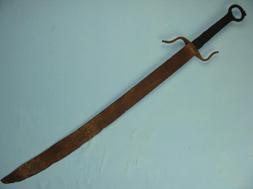 http://www.swordsantiqueweapons.com/s109_full.html