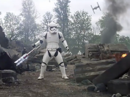 stormtrooper-riot-gear