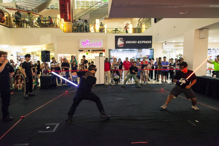 A match at the Combat Saber Tournament held in Singapore at Liang Court, on 20 Nov 2015. Source: http://www.thesaberauthority.com