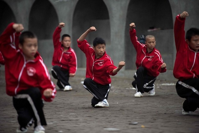 Chinese wushu students in Dengfeng. Source: