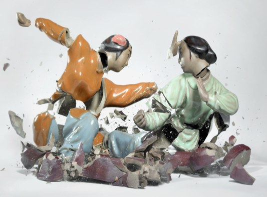 Breaking ceramic figurines by Martin Klimas.