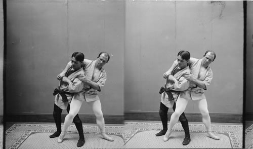 An American Wrestler facing off against a Judo student.  This photo is identified as having been taken in the Philippines in 1904, but Joseph Svinth suspects that it was actually taken in the US in 1904.  Source: https://calisphere.org